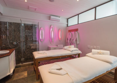 the-bay-hotel-mint-wellness-treatment-room
