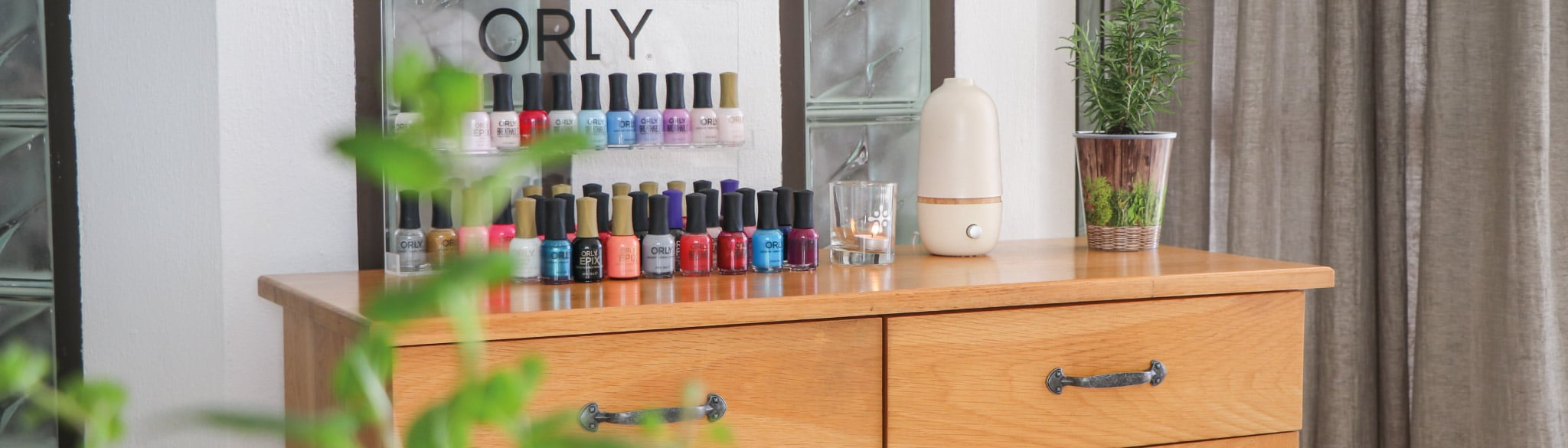 mint-wellness-spa-at-the-bay-hotel-nail-station